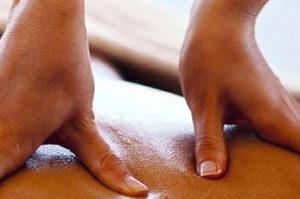 hoofd-ek-rug massage vlissingen-momentjemij, momentjemij, relax momentje, ontspanningsmomentje, massage zeeland, ontspanningsmassage, massage vlissingen