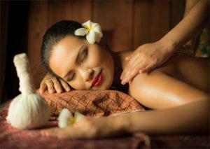 kokosstempelmassage-momentjemij-momentje-massage
